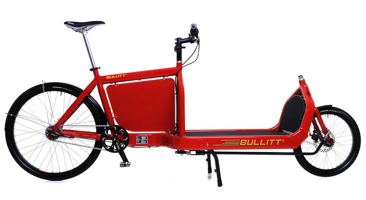 Una cargo bike Bullit color rosso
