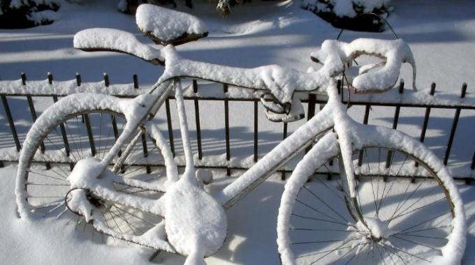 1019816-bici-neve
