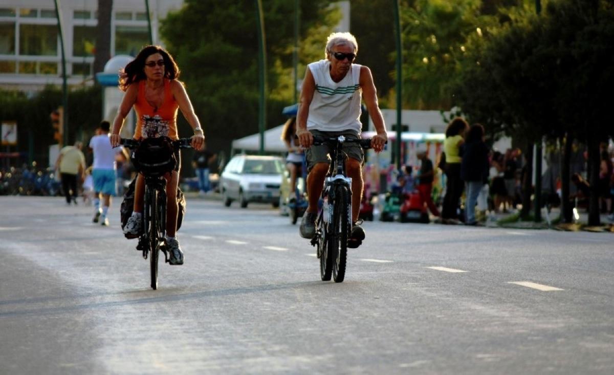 Ciclisti per le vie della città