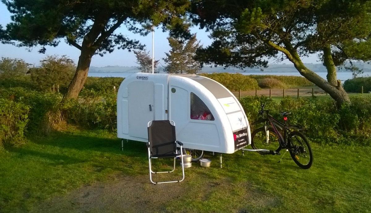 wide path camper la roulotte da bici per il cicloturismo. Black Bedroom Furniture Sets. Home Design Ideas