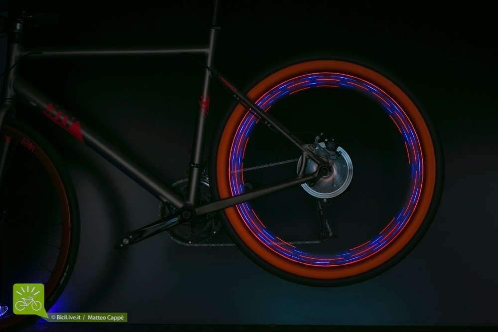 luci-bici-laterale-bike-4-light_2