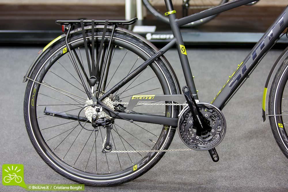 Cosmobike-Urban-Scott Super-Evo-20-City-bike-2015-3