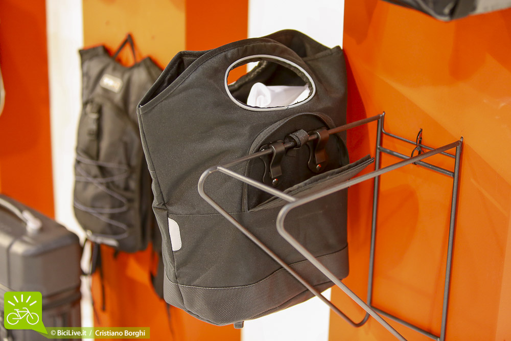 Cosmobike-Urban-Tkx-Borsa-Bici-Donna-2015-1