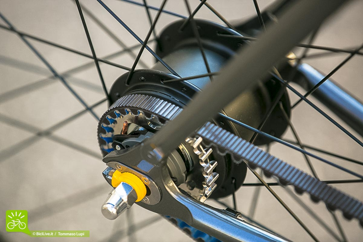 mop-bike-bicicletta-urban-man-04