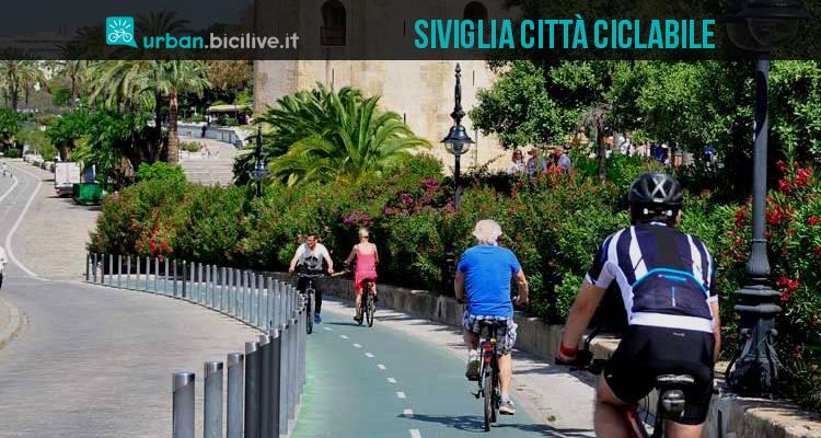 Pedalare a Siviglia, città con molte piste ciclabili