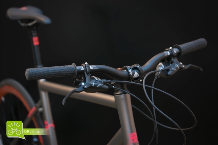 test-bici-urban-commencal-fcb-race-29-4