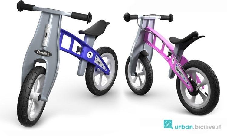Due push bike del marchio First Bike con telaio in plastica stampata