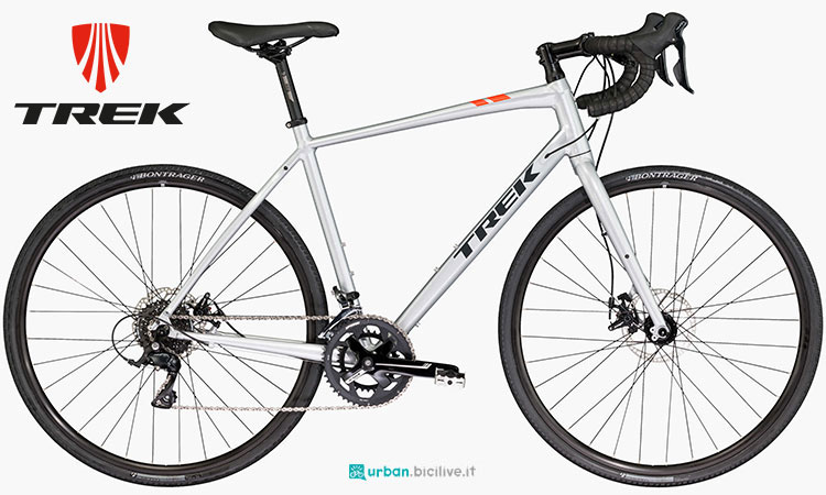 Una bici gravel Trek CrossRip 1