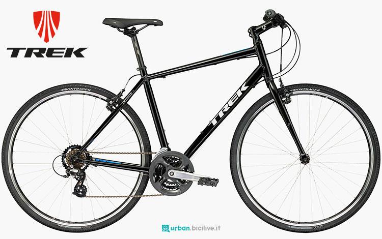 Una bicicletta da città Trek FX 1