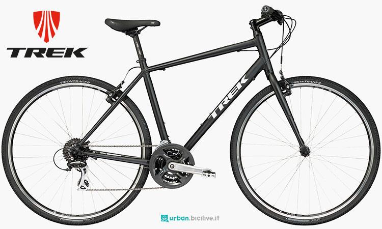 Una bicicletta da città Trek FX 2
