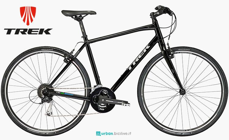Una bicicletta da città Trek FX 3