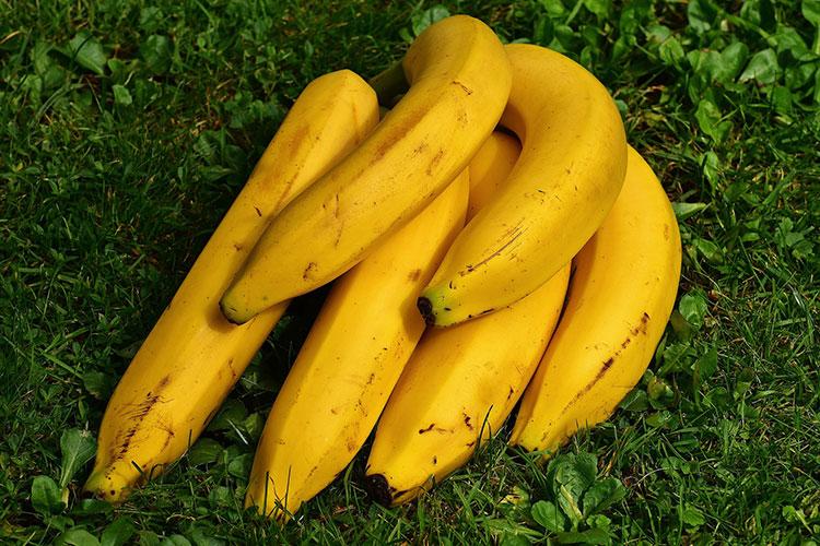 Sette banane mature