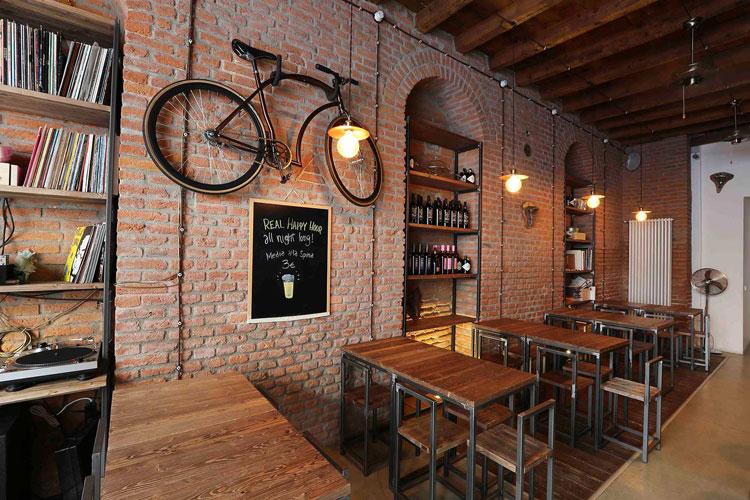 Il bycicle café Crank Organic Bikery a Milano