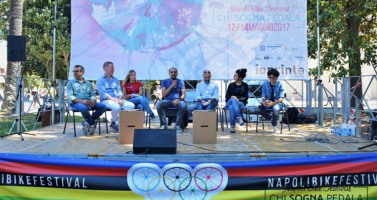 convegno o dibattito al NBF