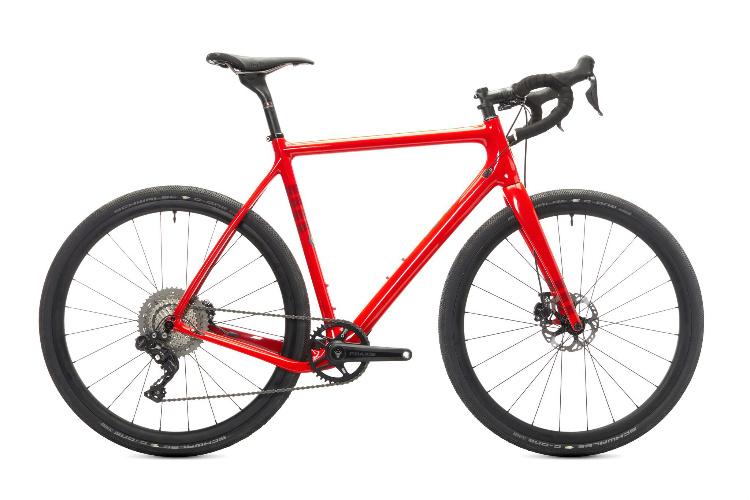 Hakka MX Ibis colore rosso