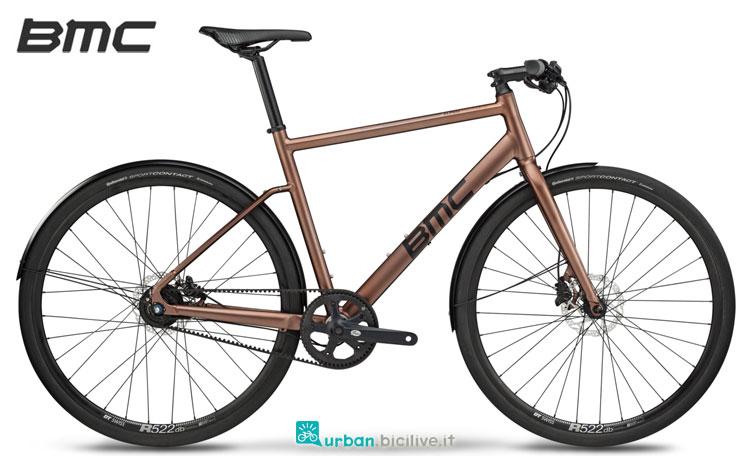 Una bicicletta per il tempo libero BMC Alpenchallenge AC02 One della gamma 2018