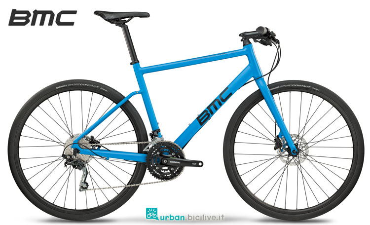 Una city bike Alpenchallenge AC02 Two di BMC