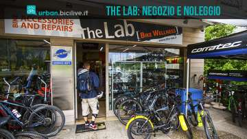 foto del negozio the lab di riva del garda