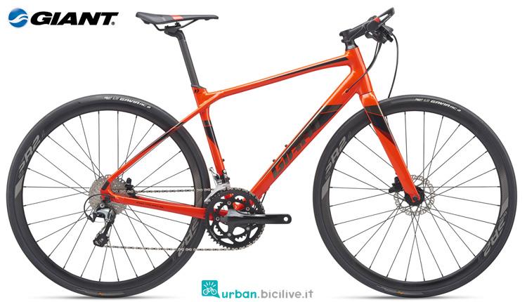 Una bicicletta FastRoad SL 1