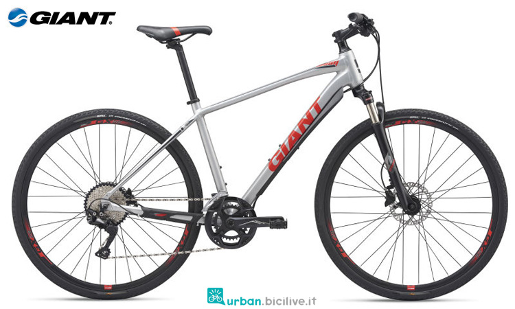 Una bici con freni a disco Giant Roam 1 Disc