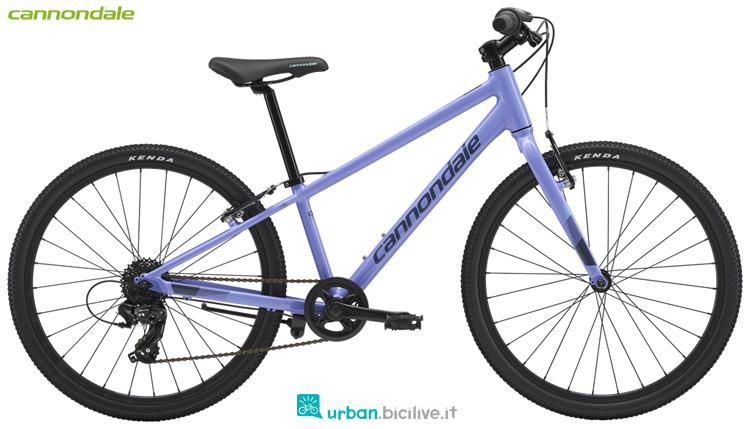 Una bici da ragazzina Cannondale Kids Quick 24 Girl's