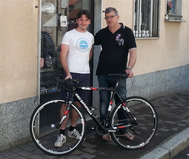 Marco Invernizzi e la bicicletta per il giro del mondo