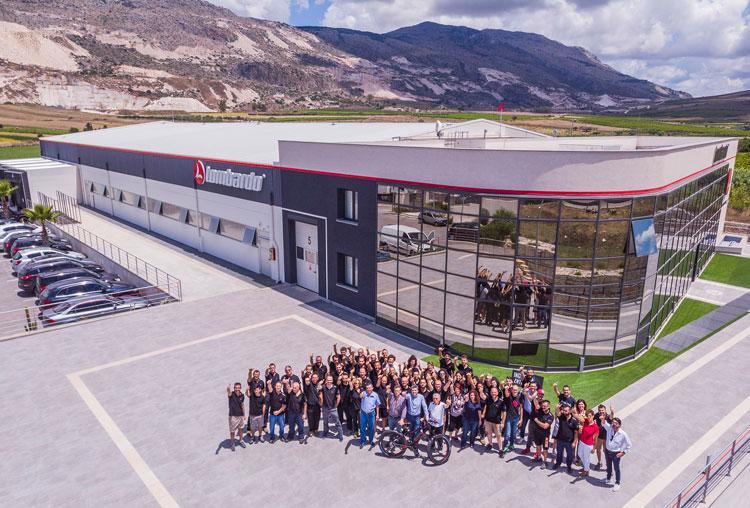 Lo stabilimento Lombardo Cicli in Sicilia