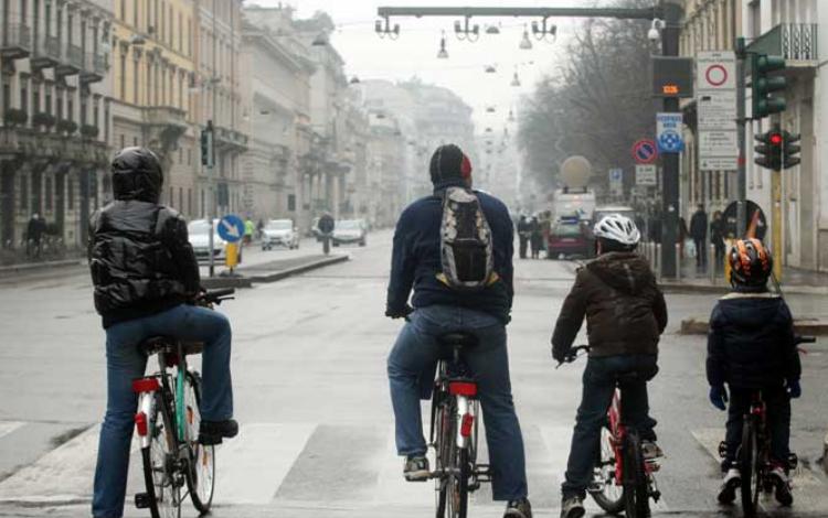 Precedenza ciclisti agli stop e incroci