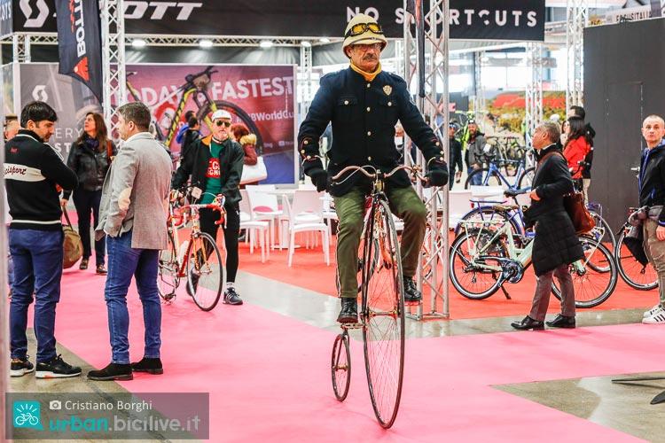 bici d'epoca a CosmoBike Show