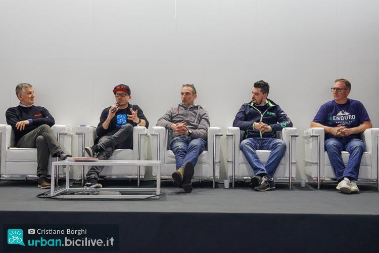 Riotti e Livio Suppo durante una tavola rotonda a CosmoBike