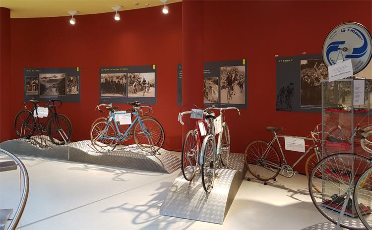 Sala espositiva all'interno del museo Gino Bartali