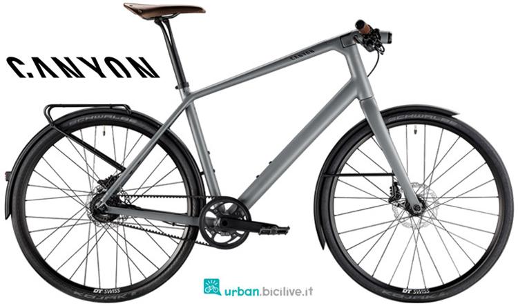 Una bicicletta urban Commuter 8.0 gamma 2019