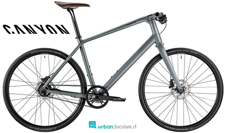 Una bici da passeggio Canyon Commuter Sport 8.0 dalla gamma 2019