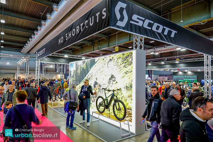 presente al cosmobike show il marchio scott con lo stand 2019 bici