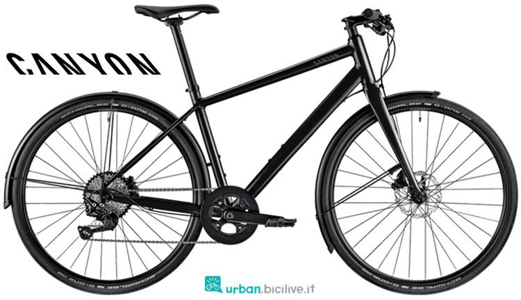 Una bici per tragitti casa-lavoro Canyon Commuter 3.0 gamma 2019