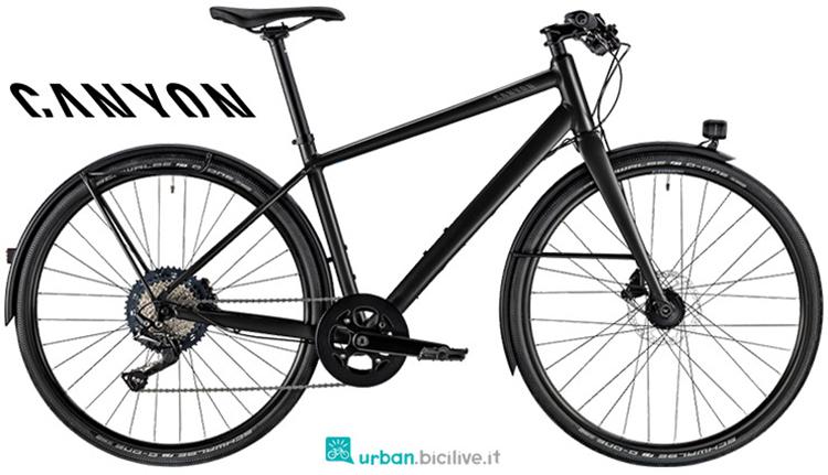 Una bicicletta per andare al lavoro Canyon Commuter 4.0