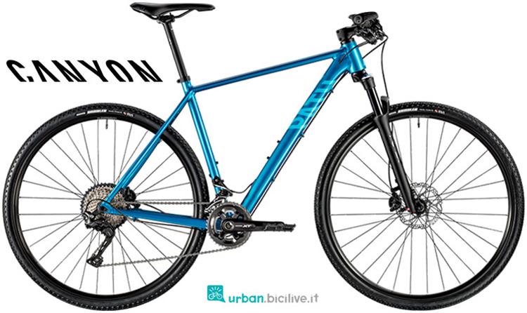 Una bici da fitness da sterrato Canyon Pathlite SL 7.0