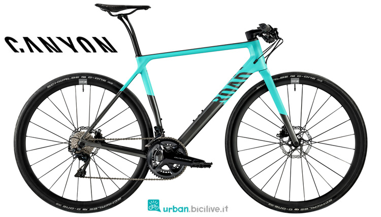 Una bici da fitness urban Canyon Roadlite CF 9.0 dal catalogo 2019
