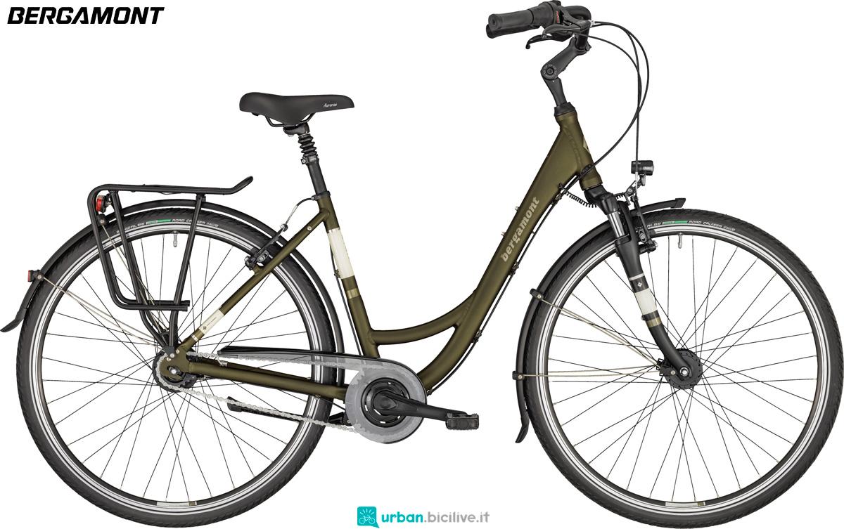 Una bici da passeggio Bergamont Belami N8 anno 2020