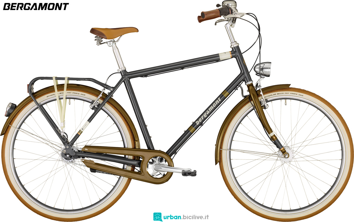 Una bicicletta da passeggio Bergamont Summerville N7 FH Gent gamma 2020