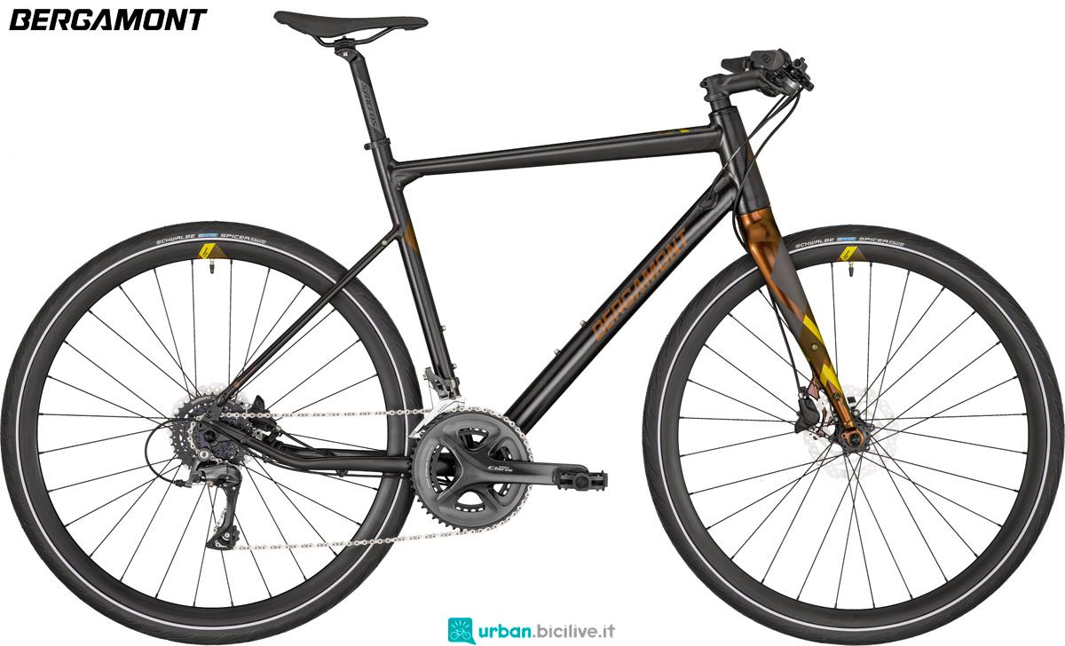 Una bicicletta per ambienti urbani Bergamont Sweep 4