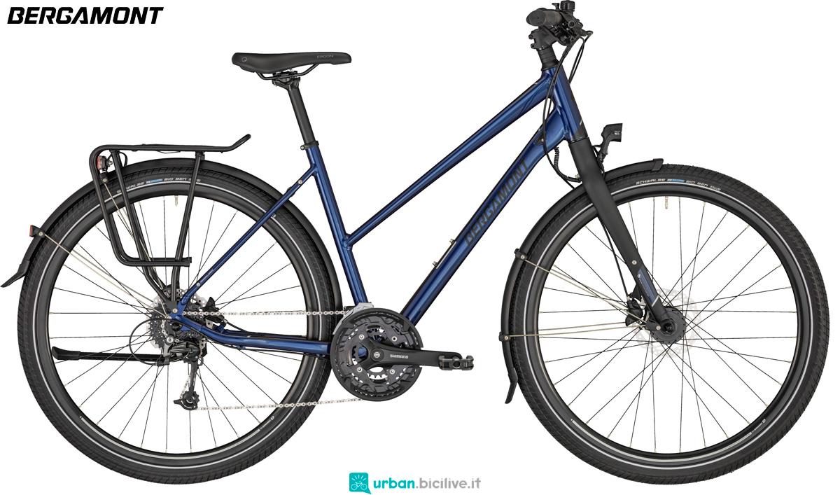 Una bicicletta da trekking Bergamont Vitess 6 Lady