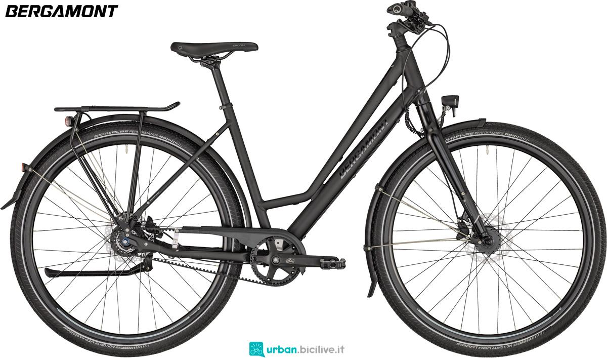 Una bicicletta per gite fuori porta Bergamont Vitess N8 Belt Amsterdam