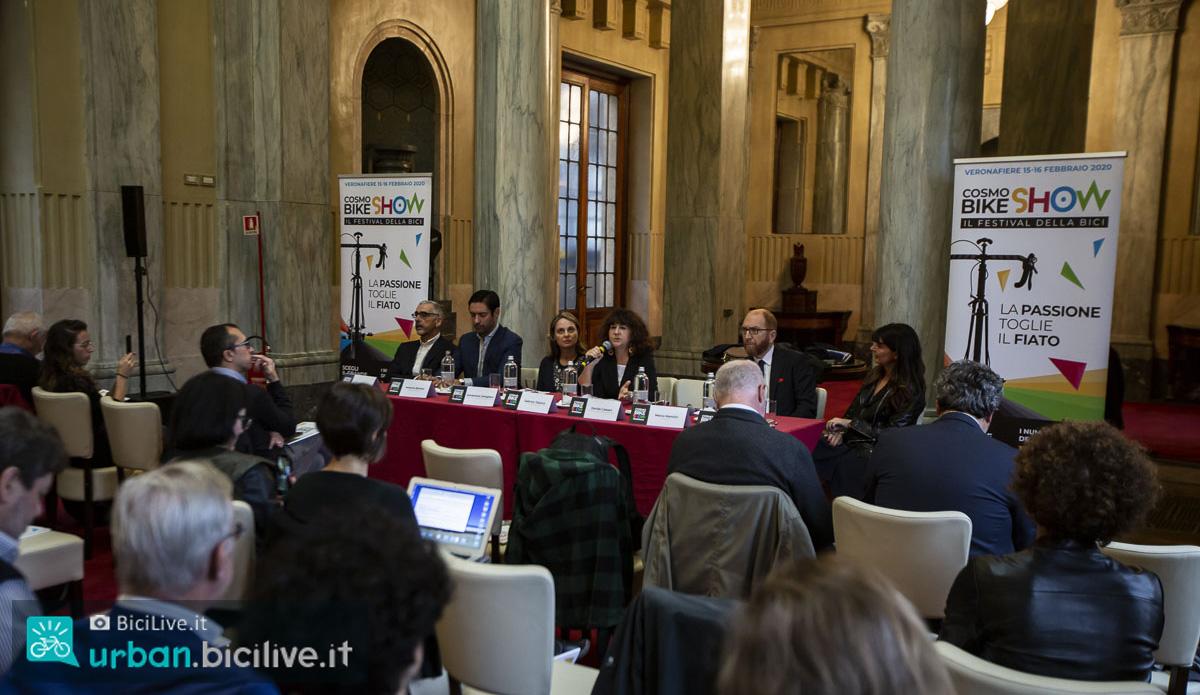 La conferenza stampa di presentazione Cosmobike Show 2020 nella sala Reale di Milano