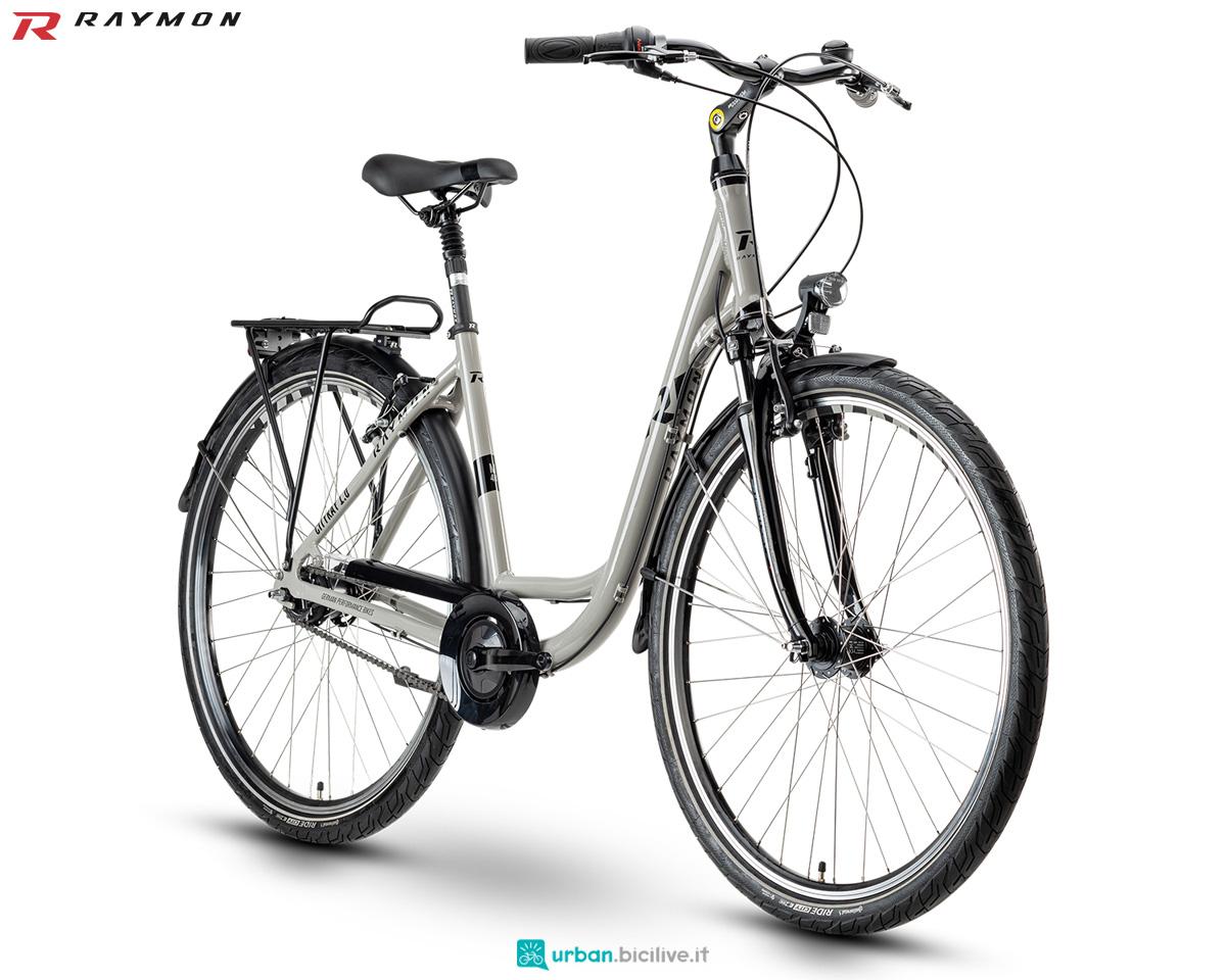 Una bici urban R Raymon CITYRAY 1.0 gamma 2020