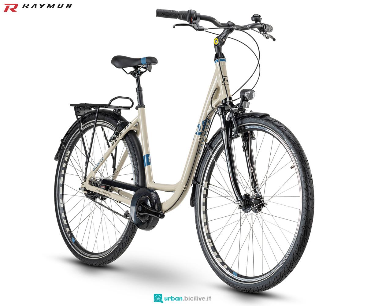Una bici da città R Raymon CITYRAY 2.0
