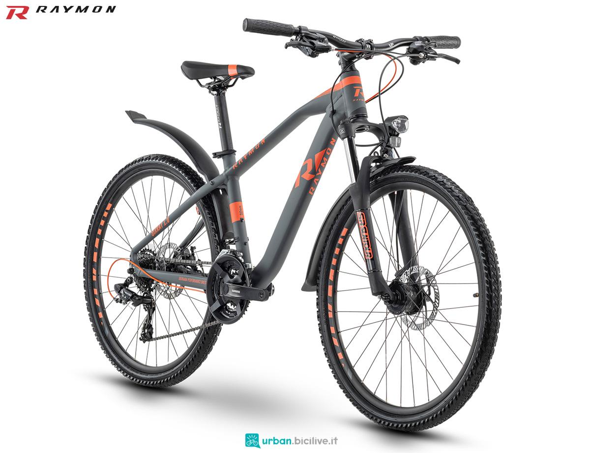 Una bicicletta per ragazzi e adolescenti R Raymon SIXRAY 1.0 STREET