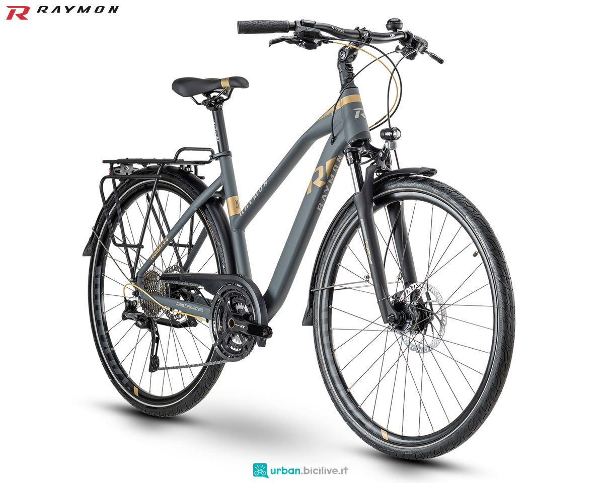 Una bici da trekking R Raymon TOURRAY 5.0 dal catalogo 2020
