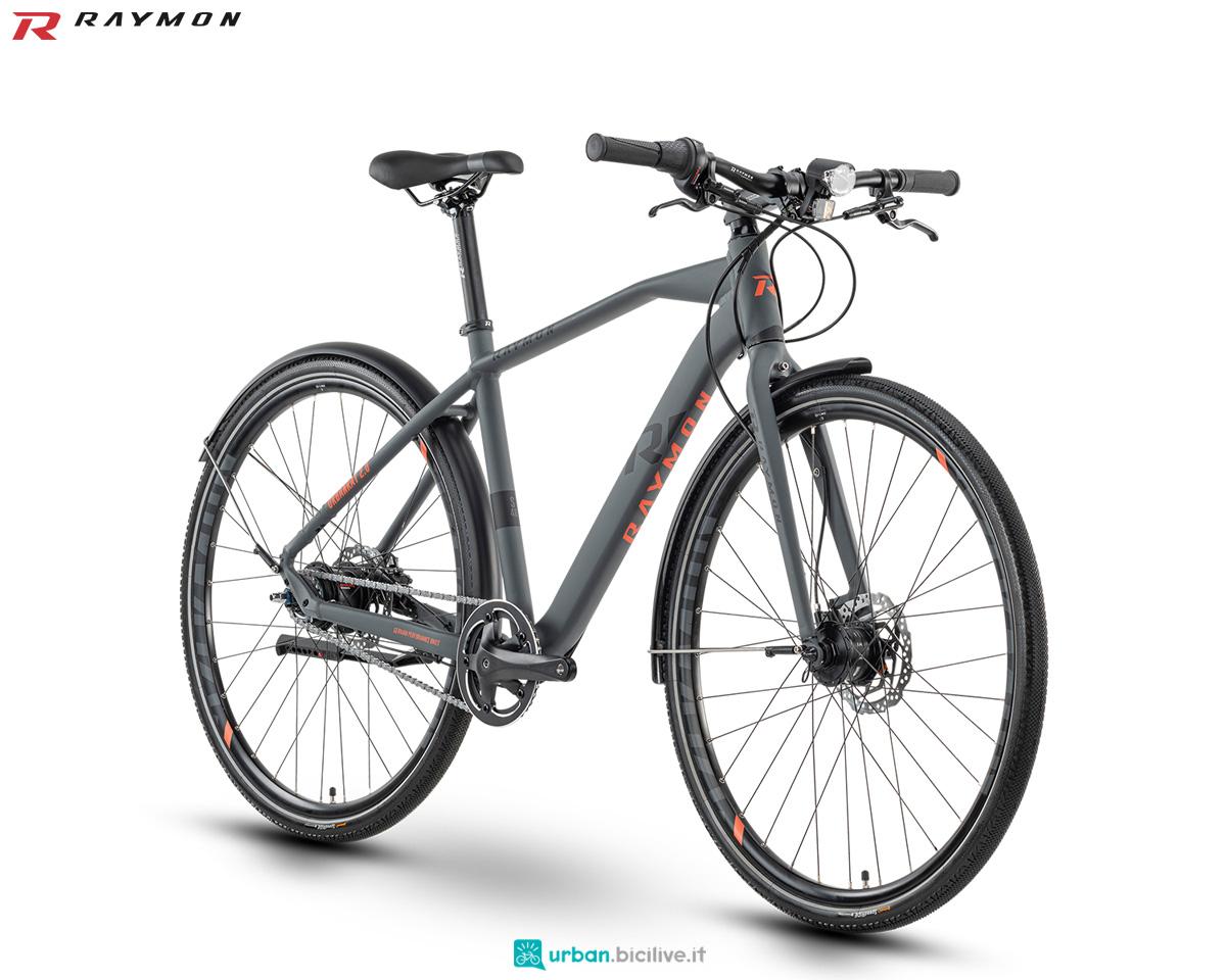 Una bicicletta per il commuting urbano R Raymon URBANRAY 2.0 anno 2020