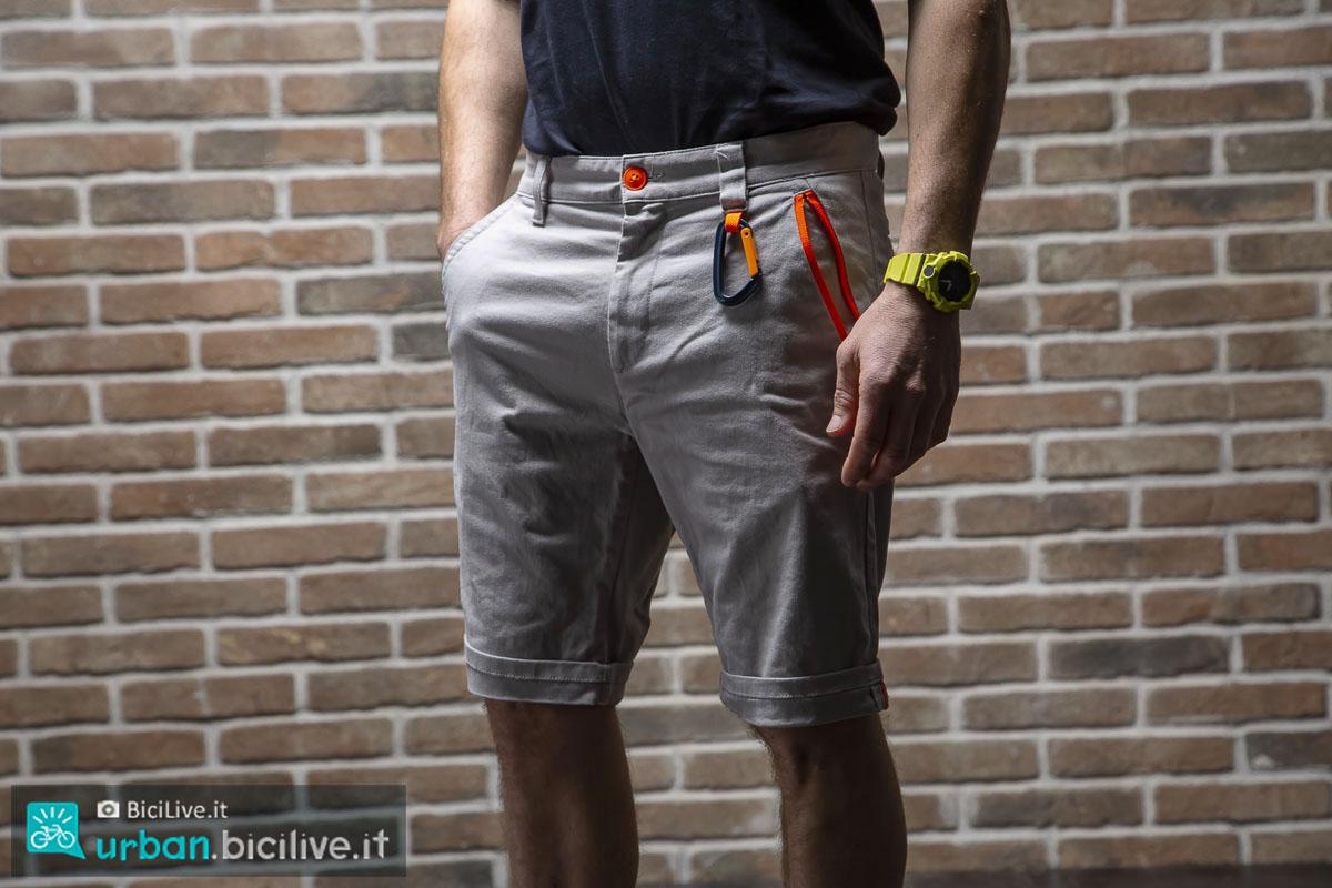 Il Test dei pantoloni Dainese AWA Black Shorts